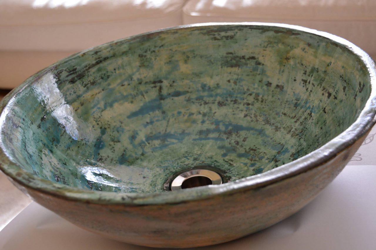 Kézzel készített kerámia mosdókagyló egyedi színben, méretben, formában rendelhető